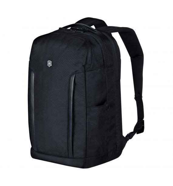Victorinox Altmont Professional Deluxe Travel  Laptop Backpack, crni